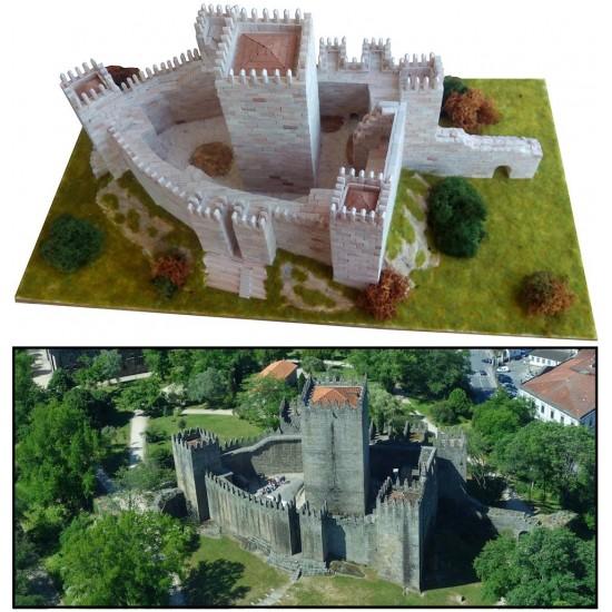 castelul Guimaraes, kit de construit cu piese ceramice