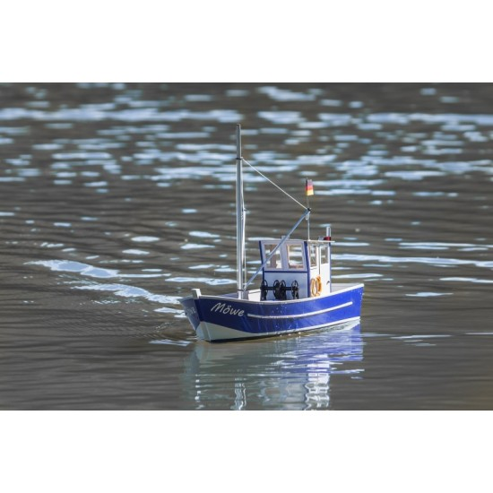 Nava de pescuit Möwe 2